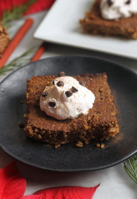 Quinoa Breakfast Bake: Gingerbread