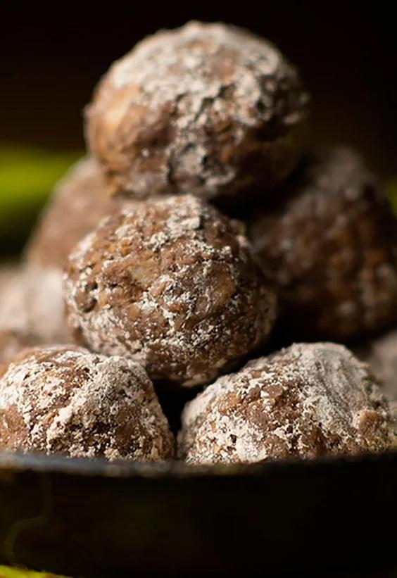 No-Bake Stoner Chocolate Balls Recipe