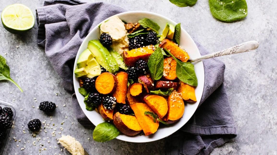 5 Salad Recipes That Redefine Breakfast