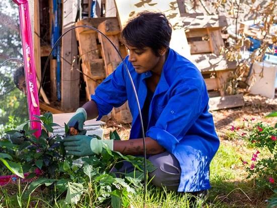GRT female gardening 732x549 thumb