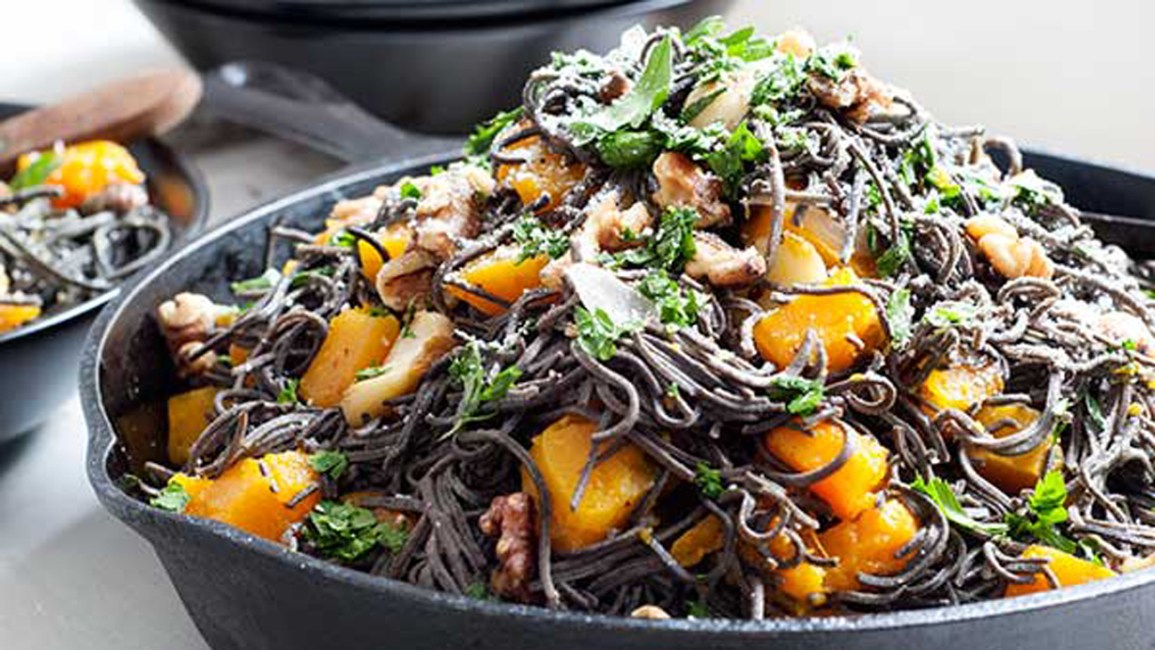 black bean spaghetti and pumpkin