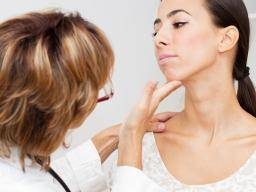 Goiter Causes Treatment And Symptoms