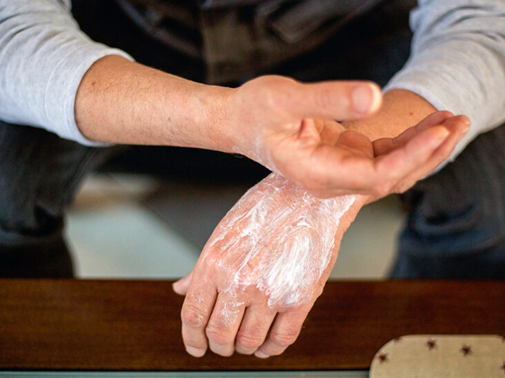 psoriasis can transfer to another person)