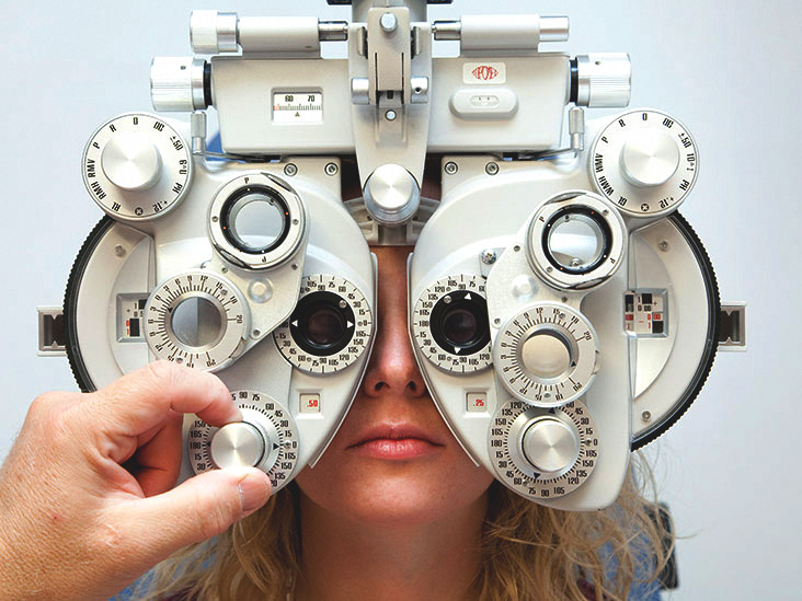 Optometrist meaning definition