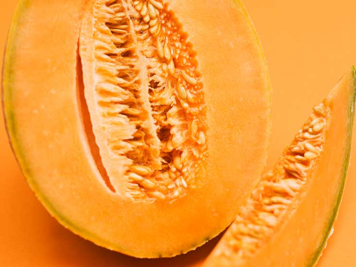 Muskmelon Vs Cantaloupe What S The Difference If there's only one patch of discoloration, this is probably where the melon rested on the ground, or store cantaloupe in the refrigerator. muskmelon vs cantaloupe what s the