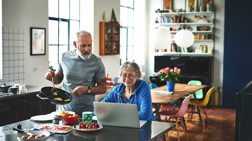 Best Way for Seniors to Lose Weight? A High-Protein, Low-Calorie Diet