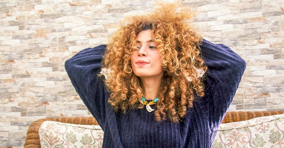 Hydrogen Peroxide For Hair Lightening Uses Risks And Alternatives