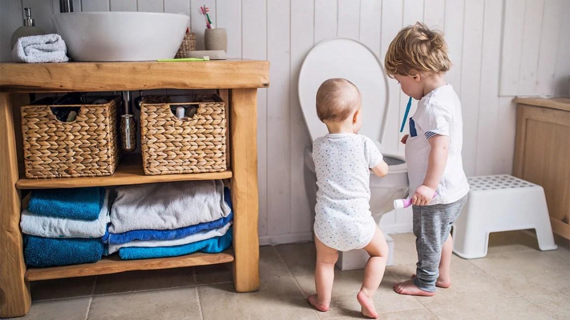 Nail Polish, Shampoo, Other Products Send Kids to ER Every 2 Hours