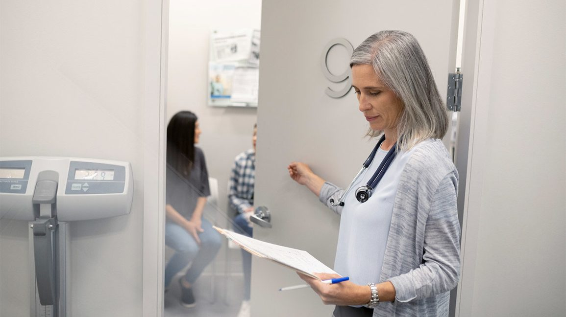 Here's Why You Should Always Ask to See Your Doctor's Notes