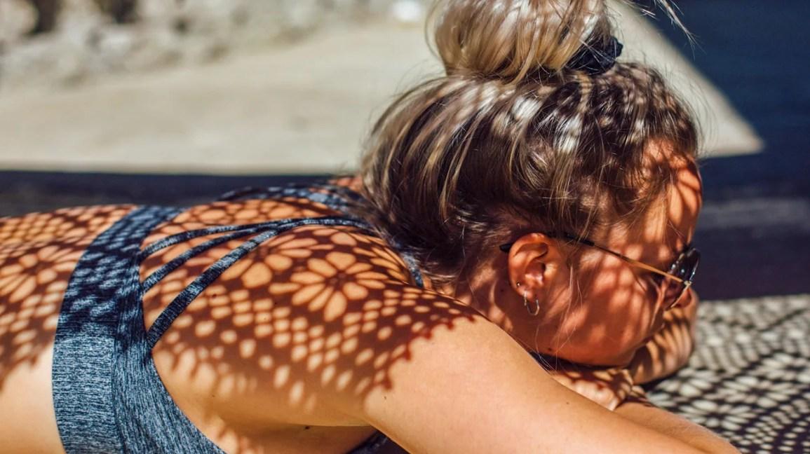 bronzlaşmak ne kadar sürer, güneşlenme kadın