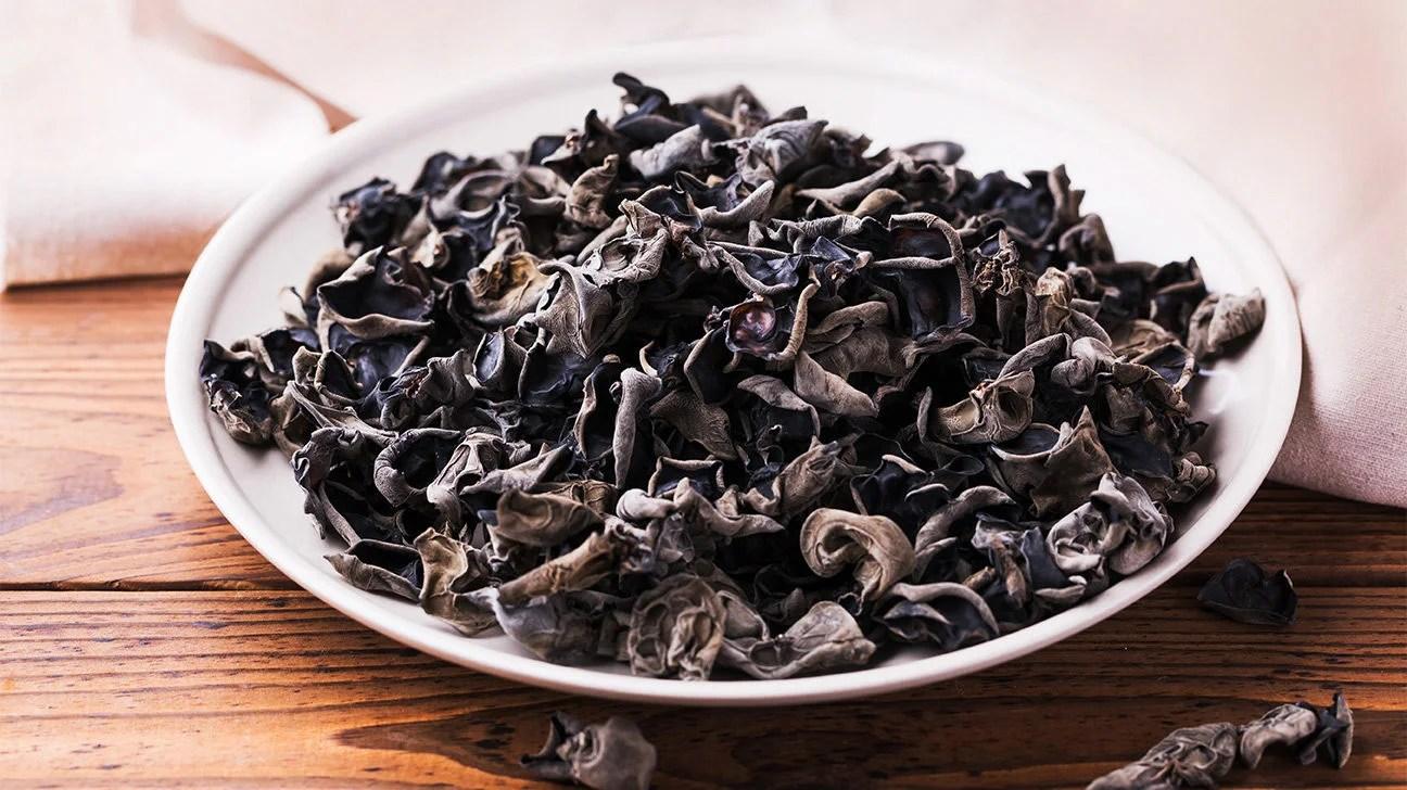 hacia una nouvelle cuisine de los liquenes Black-fungus-wood-ear-mushroom-1296x728-header-1296x728