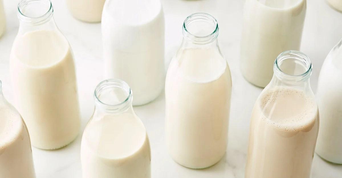 The 7 Healthiest Milk Options