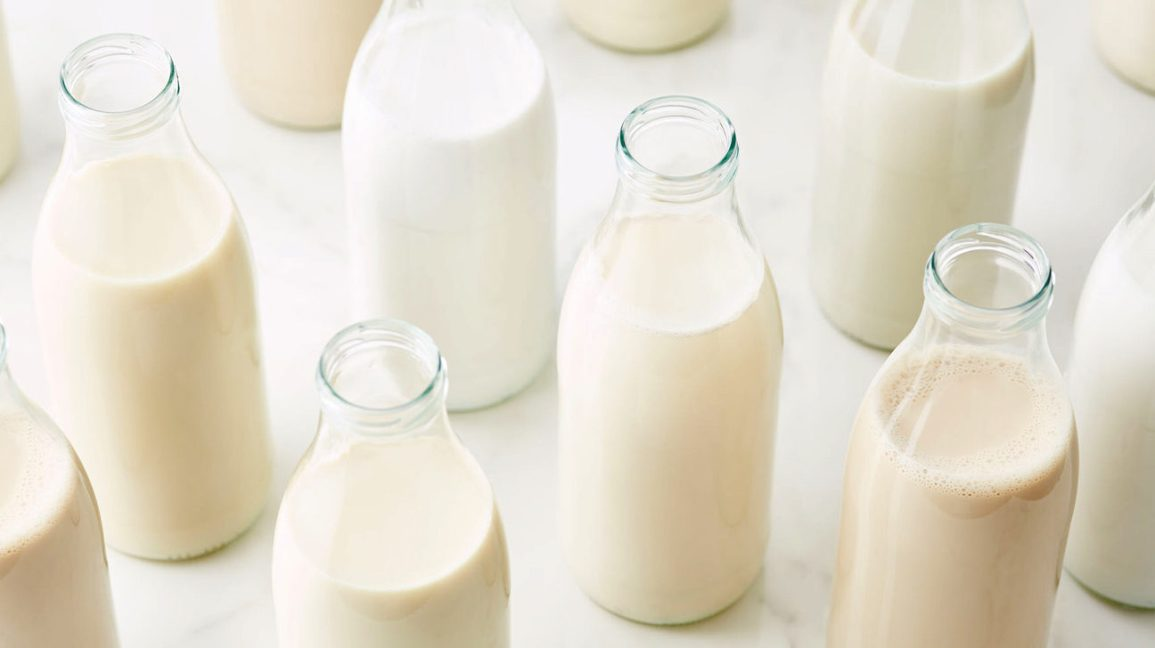 The 7 Healthiest Milk Options
