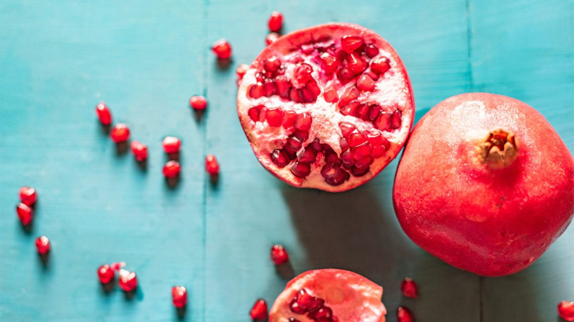 pomegranate benefits on skin