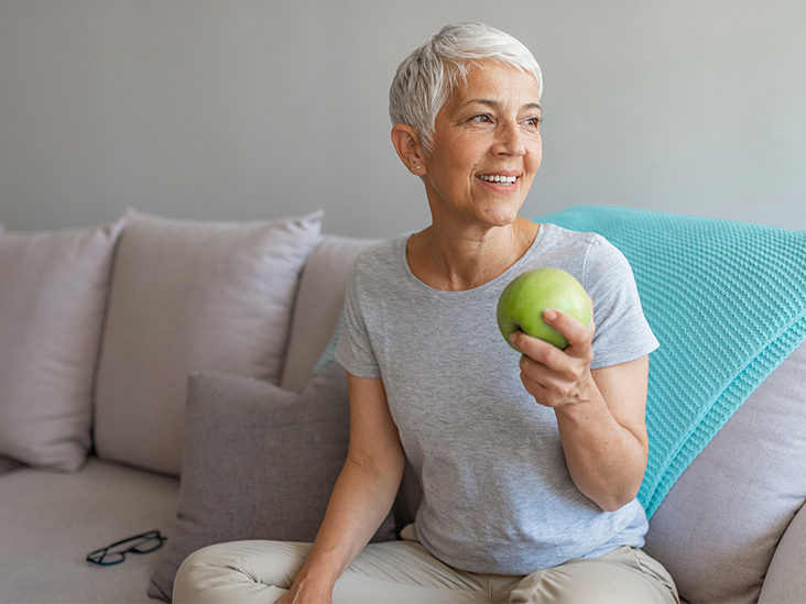 Alzheimer's Risk May Be Reduced by Eating Apples and Other Foods Rich in Flavonoids