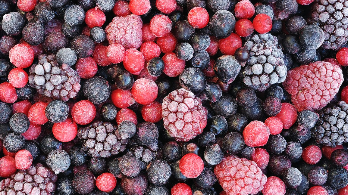 mixed frozen berries