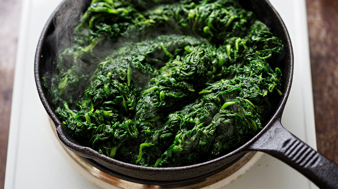 cooking frozen spinach in pan