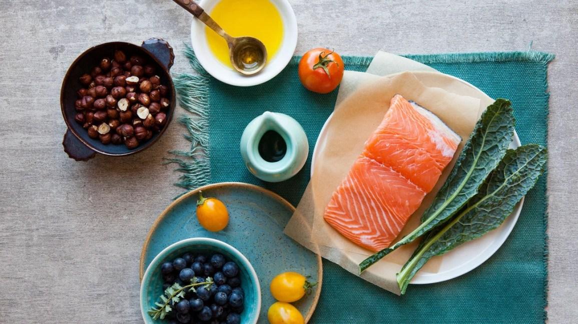 Balanced diet with salmon header