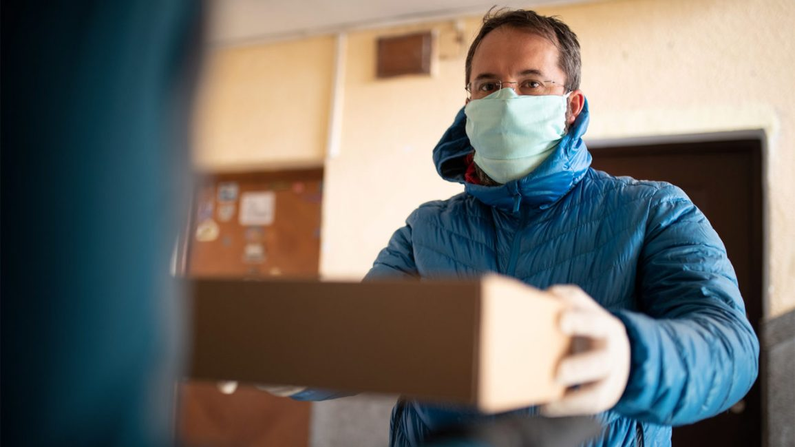 Test Kits Mailed To Homes Could Help Increase Colon Cancer Screenings