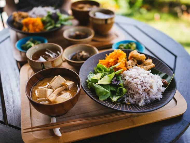 balanced diet japanese rice staple-food