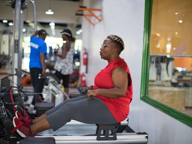 Gym Female Machine Workout 732x549 Thumbnail