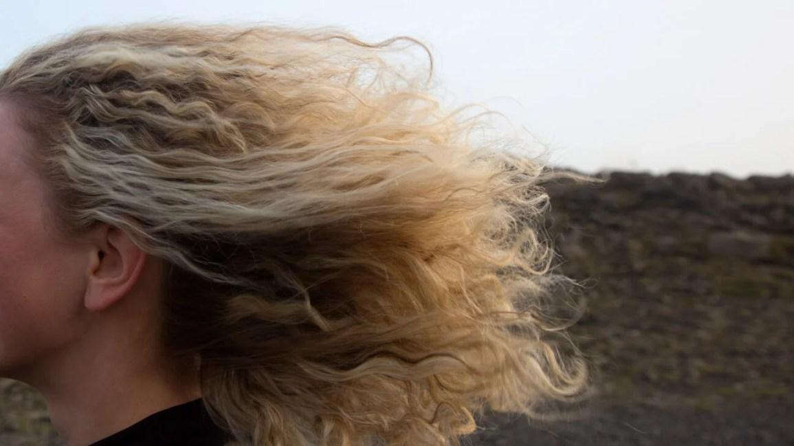 alvejante de couro cabeludo