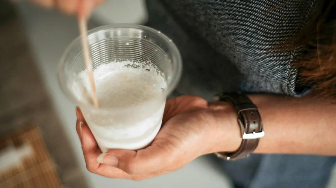 kıymık için kabartma tozu, karıştırılır kabartma tozu hamuru