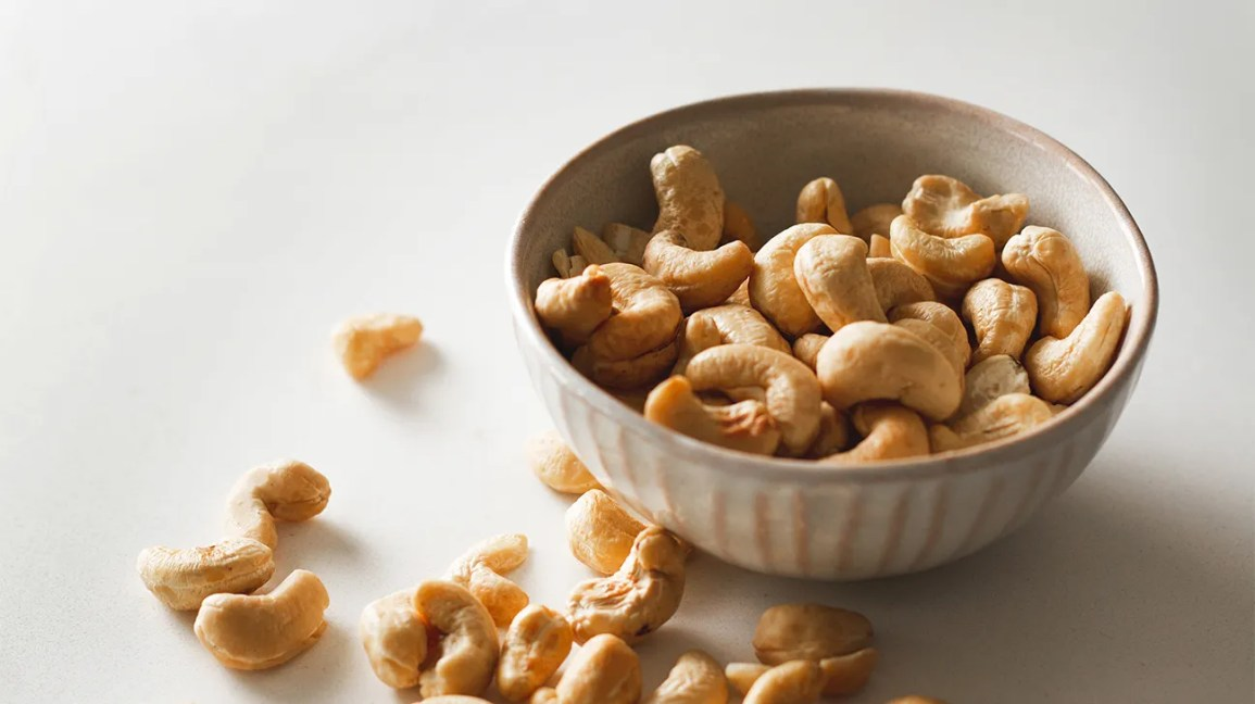 Cashews in a bowl