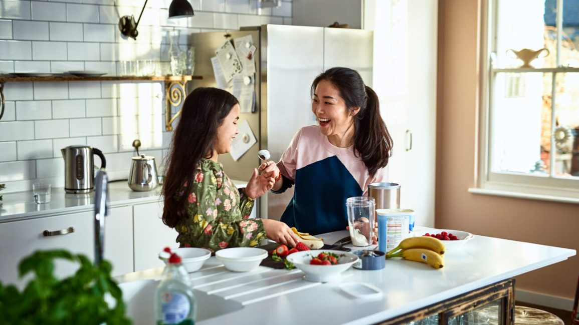 çocuklarda Crohn hastalığına yardımcı olmak için diyete odaklanmak