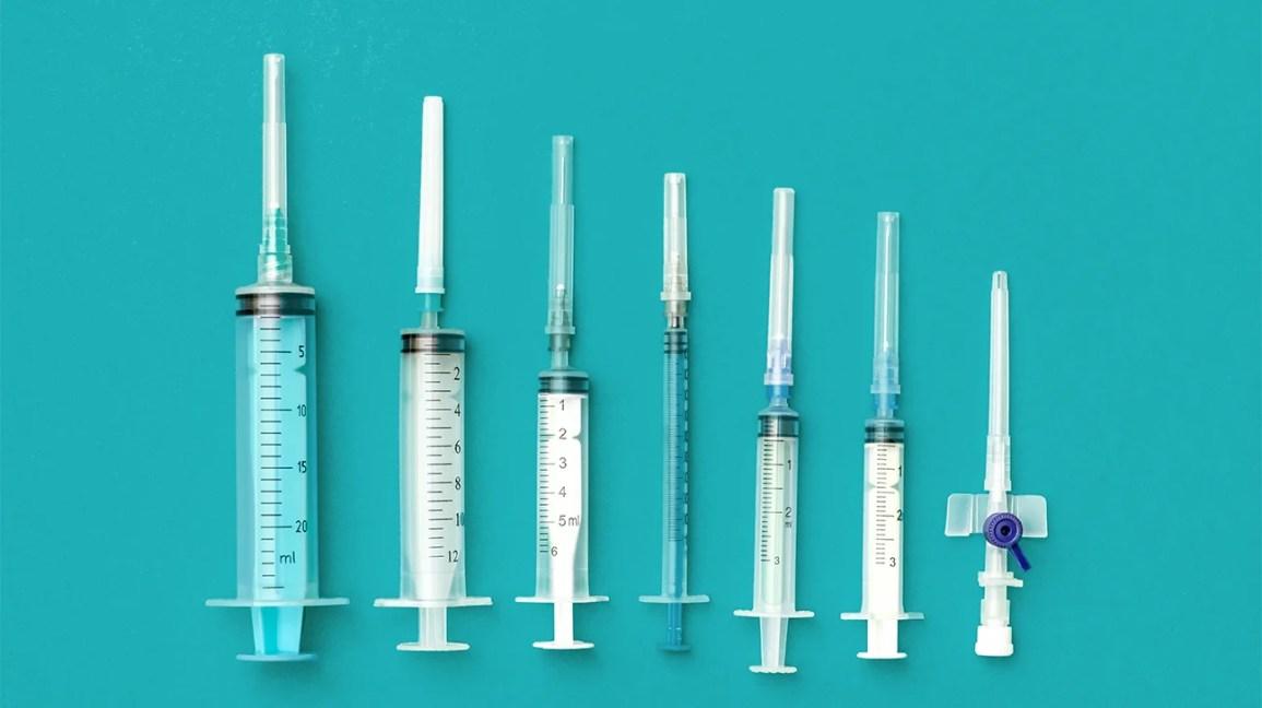 seringas diferentes, algumas para insulina