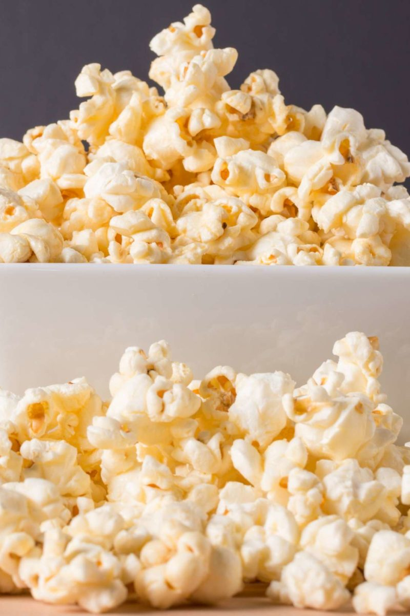 Urine smells like popcorn: Causes symptoms and when to ...