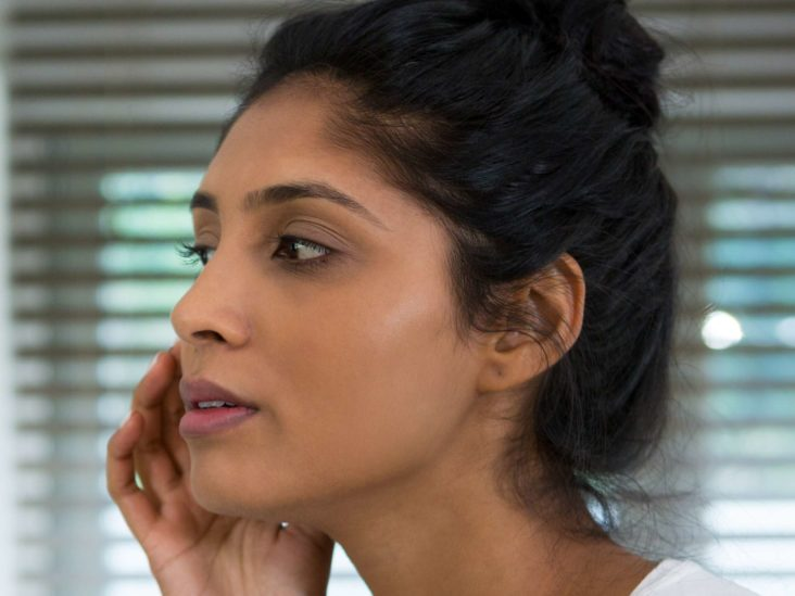 Pimples that do not go away: Causes and treatment