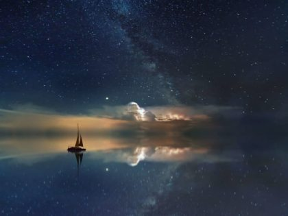 Lucid dreaming: Controlling the stories of sleep