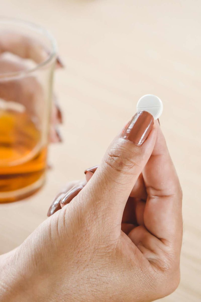 Alcohol and prednisone: Are they safe to take together?