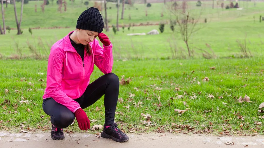 a female runner feeling light headed because of Low diastolic blood pressure