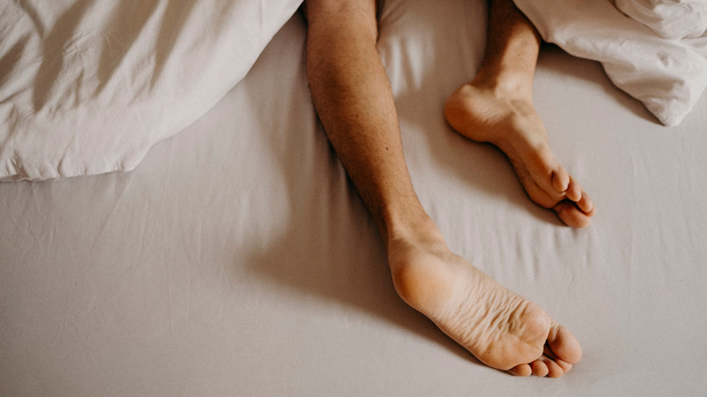 a persons legs in bed that are jerking around because of What to know about myoclonus