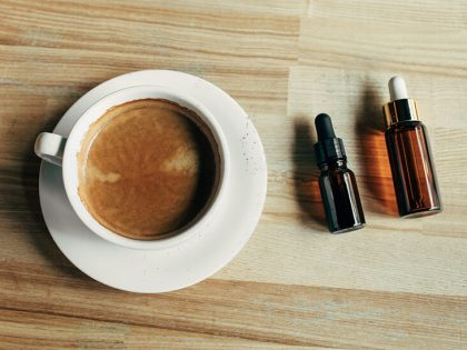 What are the effects and risks of mixing cannabis and caffeine?