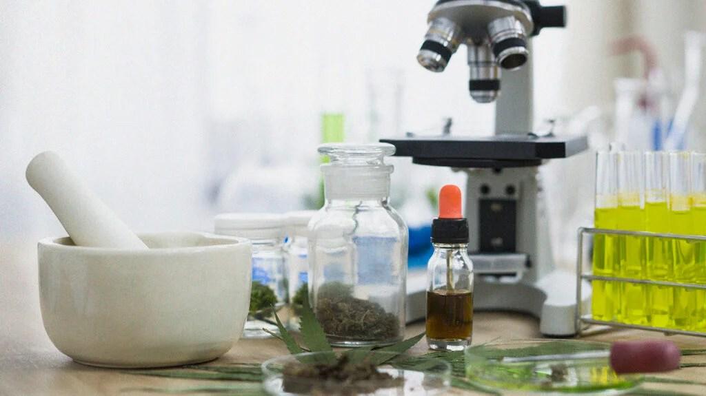 Produse farmaceutice și suplimente neaprobate