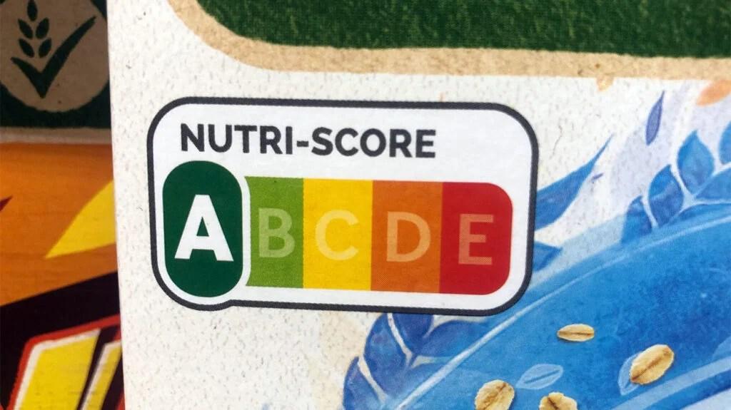 颜色编码的Nutri Score食品标签示例