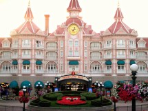 Disneyland Hotel Paris American' - Post 50 Rx