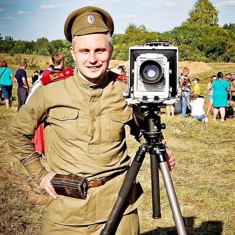 Андрей Мацур не только фотограф и волонтер, но и активный участник реконструкций боевых действий Первой мировой. Фото: соцсети