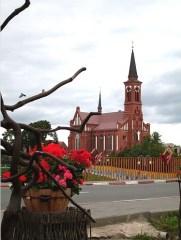 ПОСТАВЫ —  Неоготический костел Св. Антония Падуанского (фото)