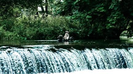 Водопад в деревне Маньковичи