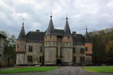 Castle discovered on the way back to the Netherlands. In Belgium