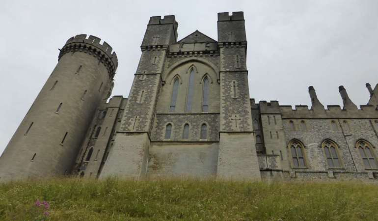 Arundel, UK – Castles and cobbles