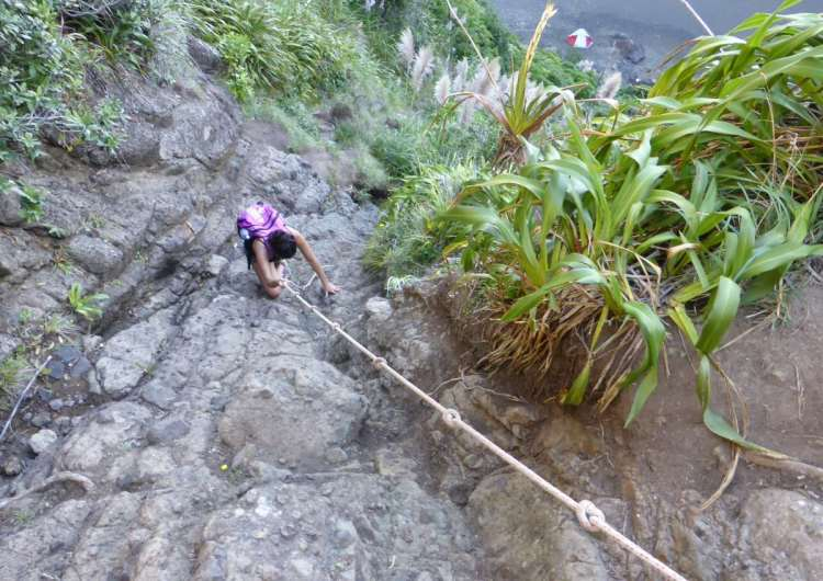 The ropes were necessary on the descent, and also helpful on the ascent