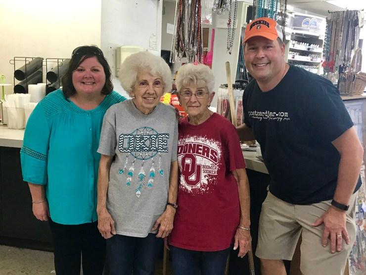 Handy's Martha and Margie, Pawhuska, Oklahoma
