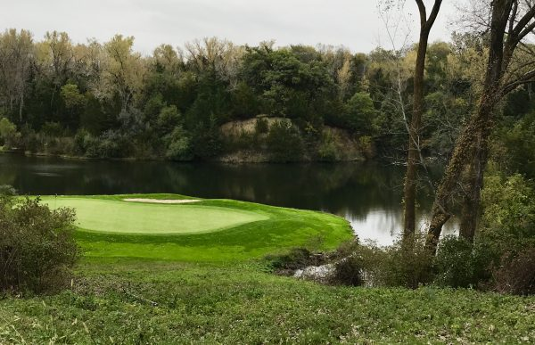 The green at #17 on Quarry Oaks Golf Course