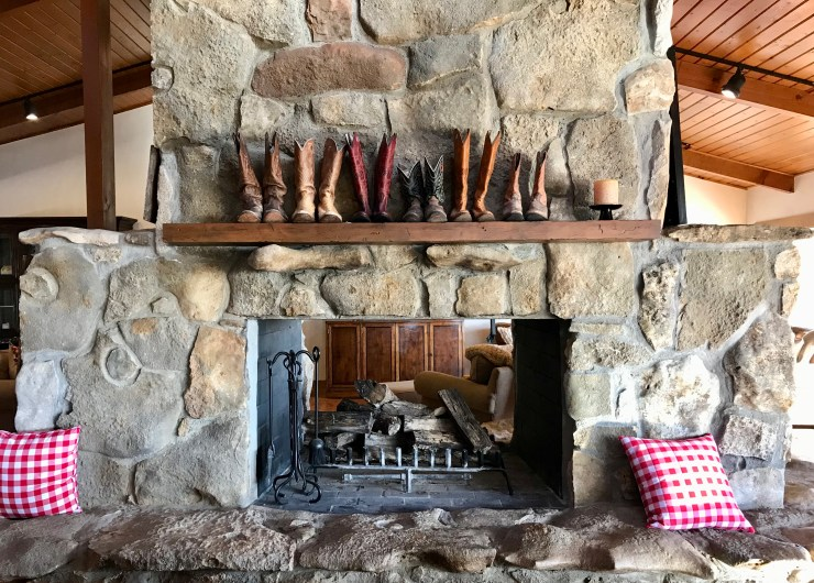 Pioneer Woman Lodge, boots on the mantle, Pawhuska, Oklahoma