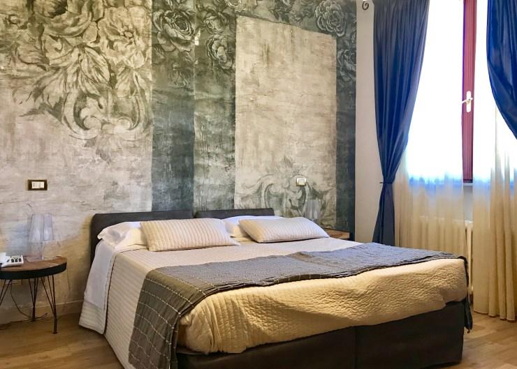 Villa Ambra guest room, Montepulciano, Italy